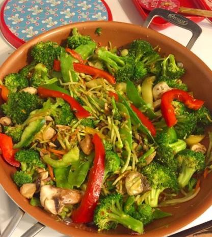 stirfry veggies cooking
